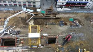 Awaria na budowie metra. Wypełnili dziurę betonem