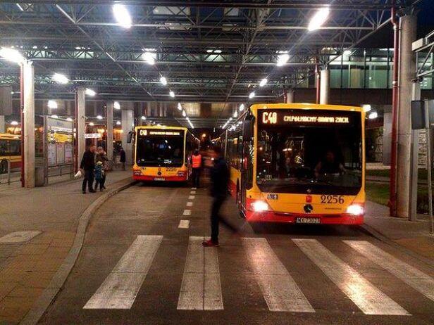Autobusy na pętli Młociny ZTM