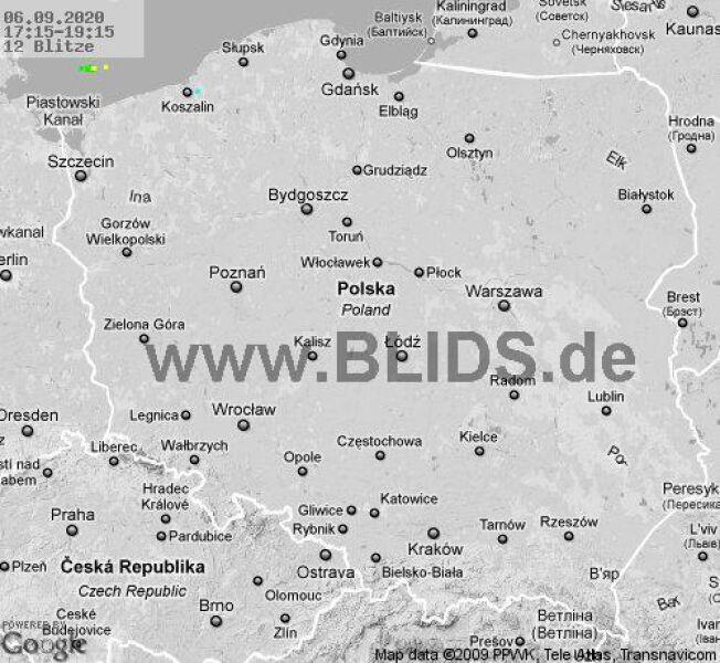 Ścieżka przechodzenia burz nad Polską w godzinach 17.15-19.15 (blids.de)
